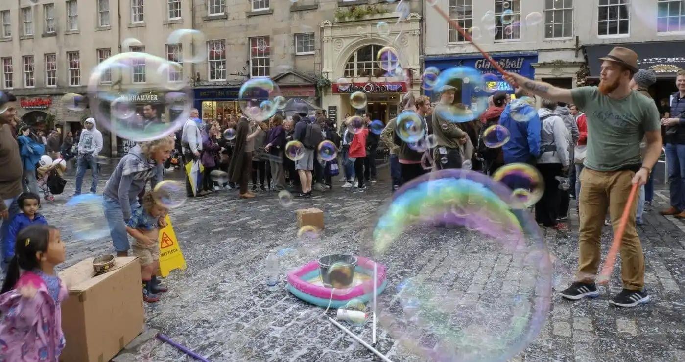 Soap bubbles, High St, Edinburgh
